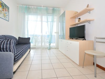 Photo for Residence Villa Mara, Bibione, three-room apartment with 6 beds, climate