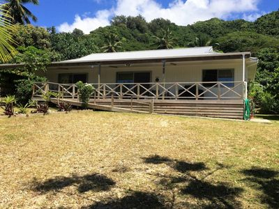 TUROU RETREAT Rarotonga sleeps 12 near MURI BEACH