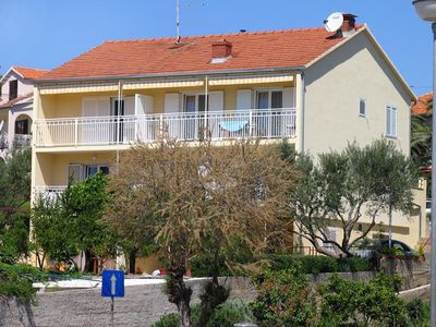 Photo for Apartment in Stari Grad (Hvar), capacity 2+0