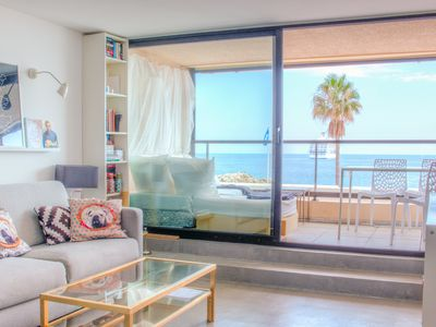 Photo for Beach apartment with panoramic sea views - Destination Cannes