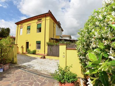 Photo for House in Lucca with Pool, Parking, Garden (66795)