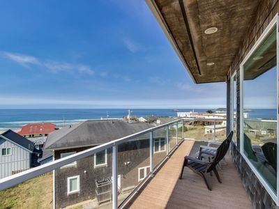 Photo for Oceanview home w/ a private hot tub & two decks, 200 feet from beach access!
