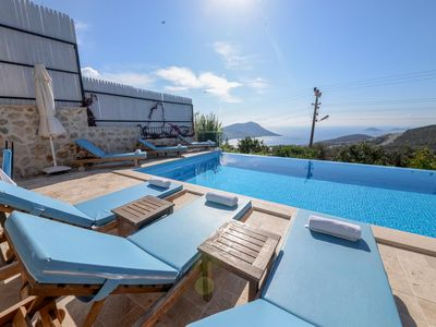 Photo for 7 BEDROOMS SECLUDED VILLA SARA