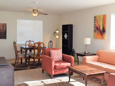 Furnished, remodeled, centrally located, mins to PHX. Perfect place to stay
