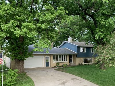 Photo for Clear Frontiers- bringing the outdoors in. Sleeps 12/4BR/2.5 bath/2 car garage