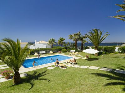 Photo for Villa Ventos do Mar I - Delightful 3 bedroom villa with stunning sea views!
