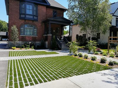 Photo for Elegant & Updated Century Red Brick in Downtown Collingwood