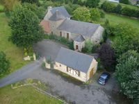 Quiet setting with lovely views and confortable house near Avranches.