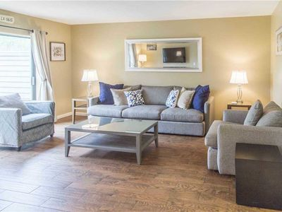 Photo for 2294 Heritage Villa | Beautifully Updated Town Home | Complex Pool | Walk to Harbour Town
