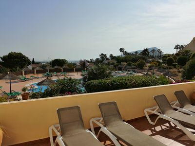 Photo for Luxury 2 bedroom, overlooks main pool, free Wi-Fi,
