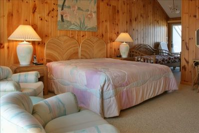 Top level master bedroom with direct opening to Oceanfront and bayfront decks
