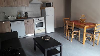 Photo for Fully equipped apartment with bike available for a ride in the Luberon.