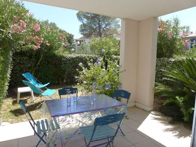 Photo for Apartment Le Grand Parc in Saint Aygulf - 4 persons, 2 bedrooms