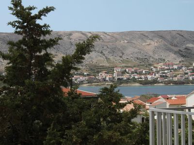 Photo for Four bedroom apartment with terrace and sea view Pag