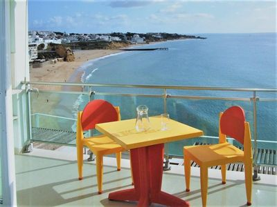 Photo for LUXURY APARTMENT IN FRONT OF THE BEACH - ALBUFEIRA - Wi-Fi