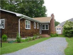 Photo for Nice family home on quiet street close to town - 424 Gibson