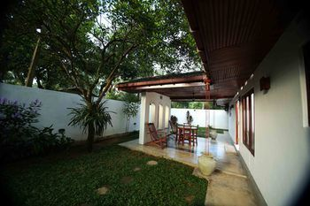 Photo for Summer Dew Villa - In Habaraduwa (Talpe)