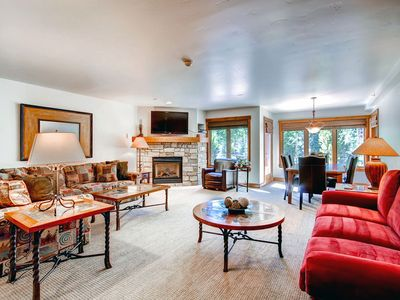 Photo for Ground floor condo with on-site pool and hot tubs just steps from gondola