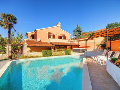 Photo for Great villa with private pool, 5 bedrooms, 3 bathrooms, air conditioning, wireless internet, sauna, whirlpool, fitness equipment, table tennis, volleyball court