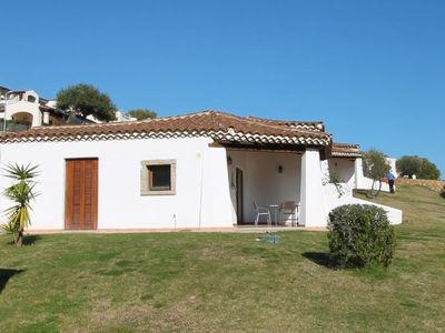 Photo for One bedroom Villa, sleeps 4 in Tanaunella with Pool and Air Con