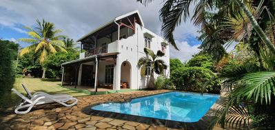 Photo for Cosy villa in Mauritius with pool and garden