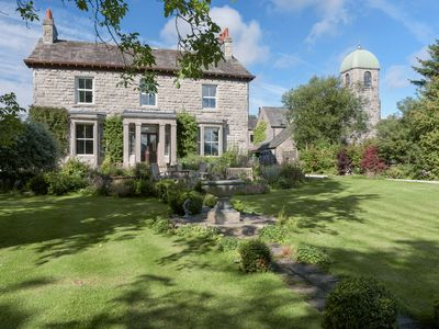 Photo for 6 bedroom accommodation in Near Kirkby Lonsdale
