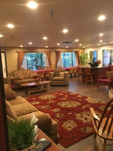 Spacious Great Room w/ Treehouse Views, Beautiful Lighting & Comfy Seating!
