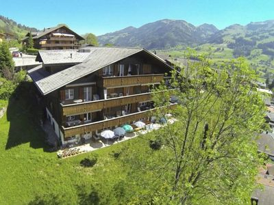 Photo for 2 bedroom Apartment, sleeps 4 in Zweisimmen
