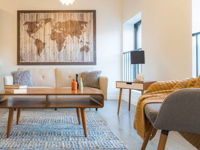 Photo for Globetrotter at Fulton Market (Sleeps 4) | Alto by Cloud9