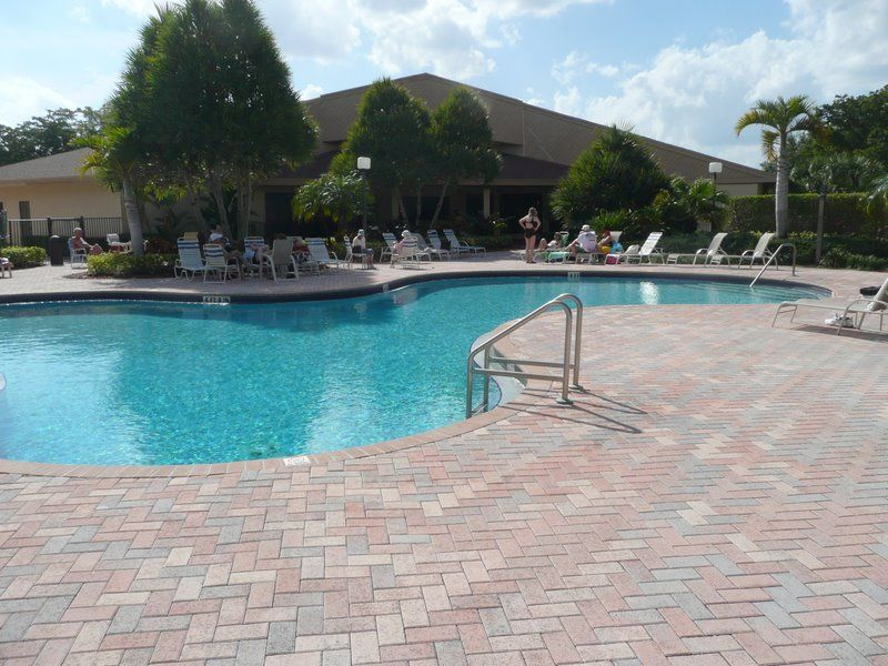 Large corner private unit 2nd floor bui vrbo for Virtual pool builder