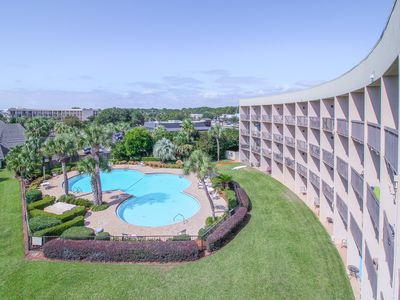 Photo for Bayfront delight w/ shared pool, bay views & prime location - Snowbirds welcome!