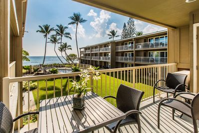 Relax on Lanai with View