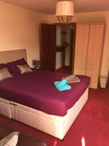 Photo for Lovely bright double en-suite studio room