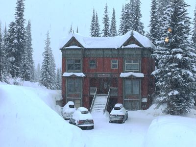 Photo for Twin Peaks A!!  True Ski-In Ski-Out 4-BR 4-BA 2200 sq ft 3 levels sleeps 15