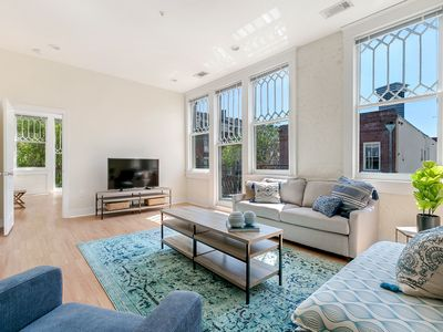 Photo for Chic 3BR in Arts/Warehouse District by Sonder