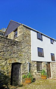 Photo for 4 Capt Upton's Cottages.  Steps from waterfront & town centre.  Fast wifi.