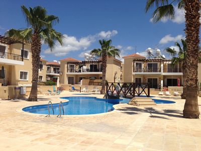 Photo for Sirena Sunrise, Cute Pool, Free Wifi, 15 Min walk to Beach or Shopping Mall