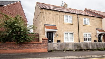Photo for 2 bedroom house in Hull