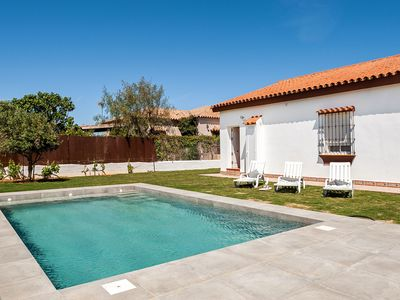Photo for Modern holiday home in ideal location - Cortijo Roche Viejo