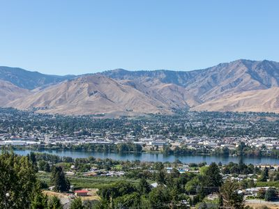 Photo for Private Condo with Beautiful View & Luxurious Accommodations in Wenatchee