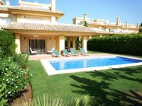 Great condition , perfect location for the San Roque golf club. Very clean and tidy