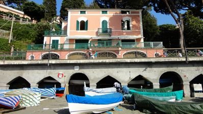 Vacation villa Amaranta at the beach of Levanto, Liguria - NORTHITALY VILLAS