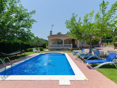 Photo for Club Villamar - Wonderfully quiet in the green surroundings: a villa near Vidreres with private s...