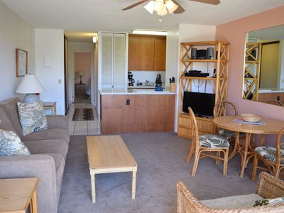 Photo for Spacious, Ground Floor Condo within Steps to Pool or Beach