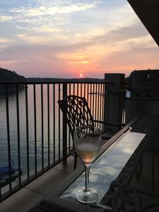 Photo for Beautiful Sunset Views At Stillwaters Stoneview Summit Condo!