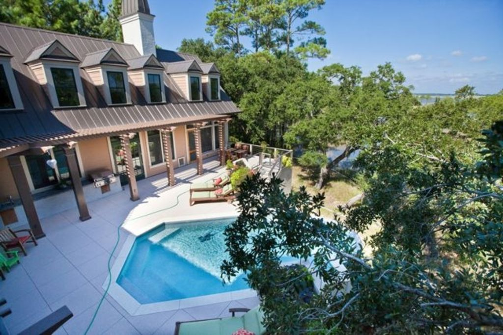 Secluded Folly Beach Home With Infinity Pool