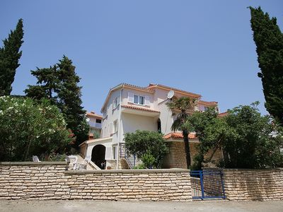 Photo for Modern apartment with 2 bedrooms, air conditioning, WiFi, pets allowed, sea view and only 500 meters to the beach