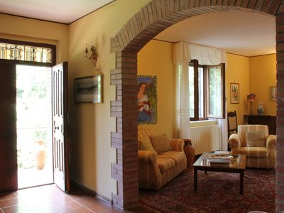Photo for Spacious Stone Villa in the heart of Tuscany