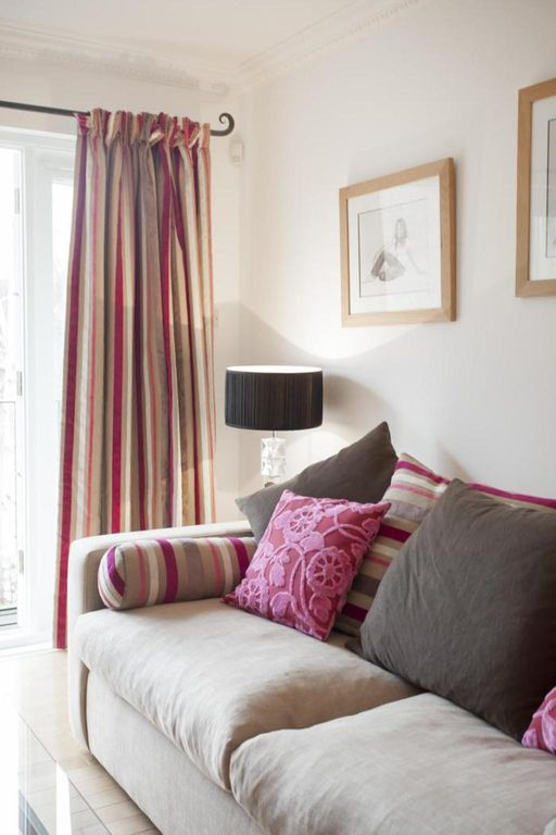 London Home 66, How to Rent Your Own Private Luxury Holiday Home in London - Studio Villa, Sleeps 4