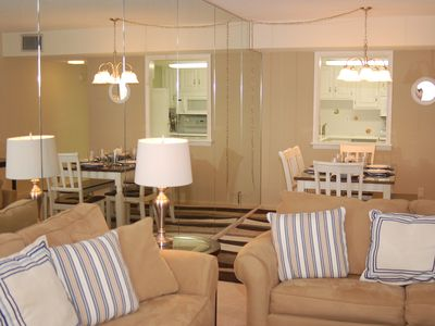 Ya'll Come & Relax in our Tranquil Beach Condo - June Opening -1 block to beach